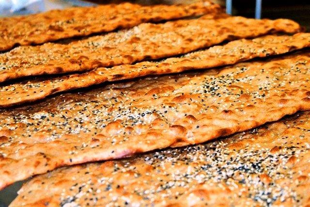 نان سنگک کنجدی ویژه
