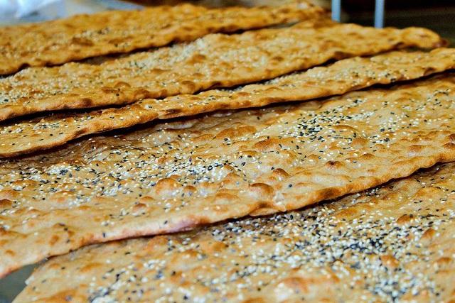 نان سنگک خشخاش اصل