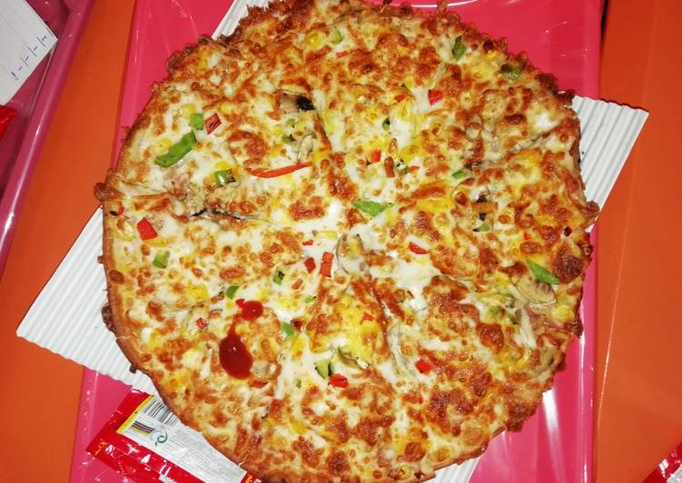 پیتزا مخصوص دیبا