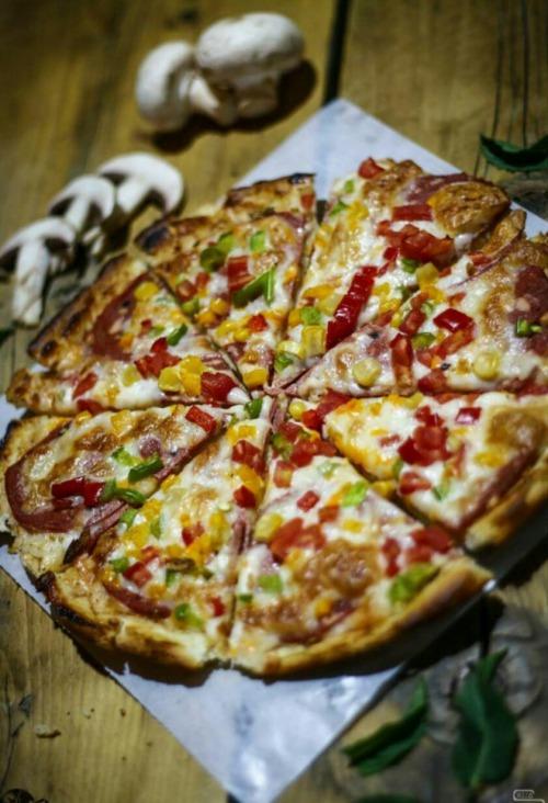 پیتزا ساسج (بزرگ)