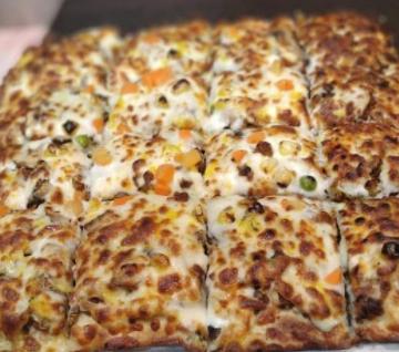 پیتزا قارچ و گوشت