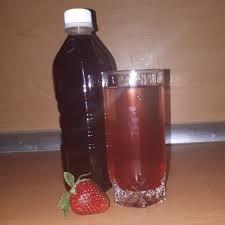 آب توت فرنگی