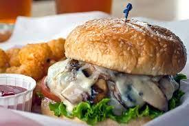 همبرگر قارچ و پنیر