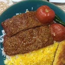 خوراک کباب کوبیده دو سیخ