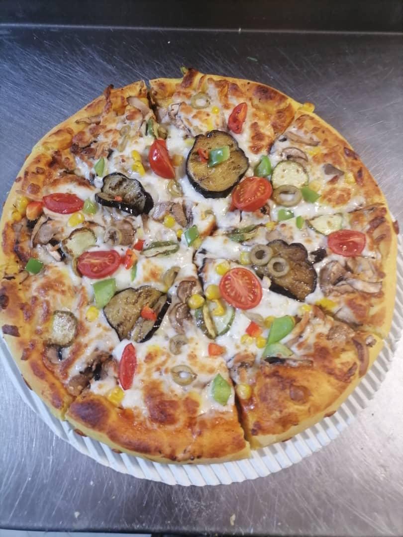 پیتزا سبزیجات + سیب زمینی