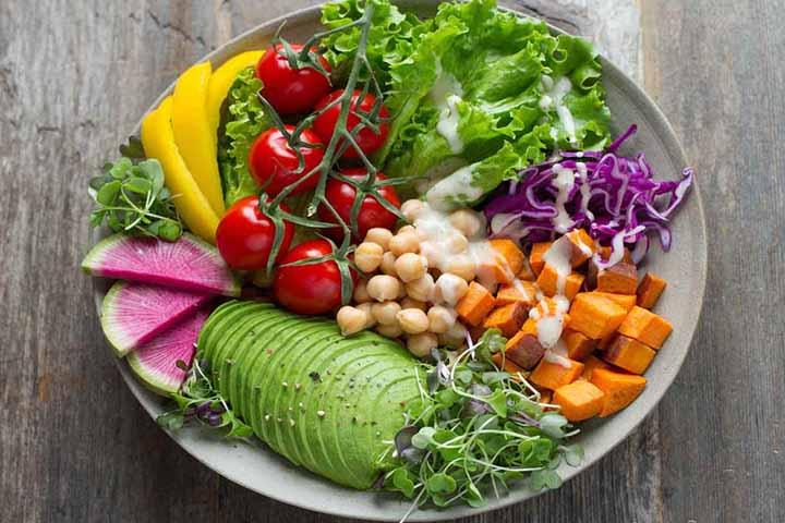کترینگ گیاهی غذای خوب