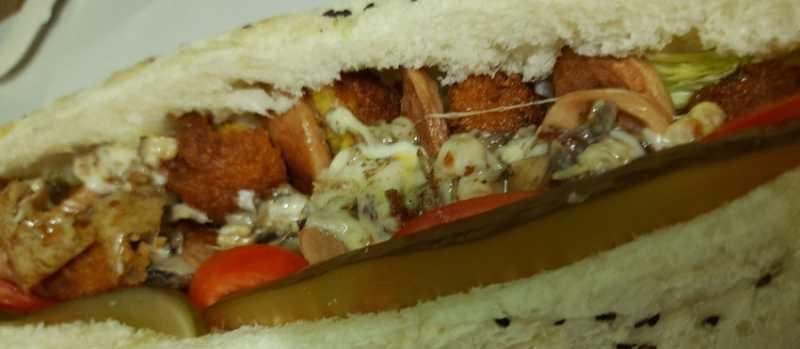 ساندویچ فلافل ویژه