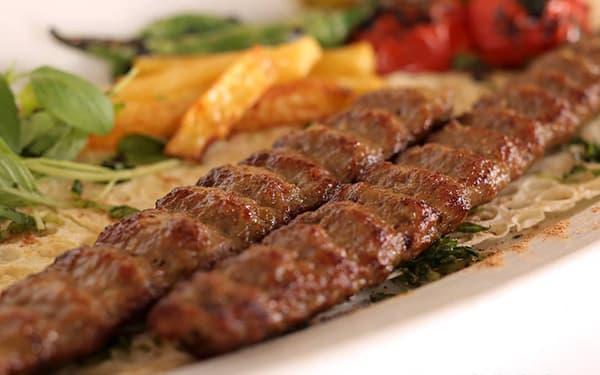 خوراک کباب کوبیده مخصوص