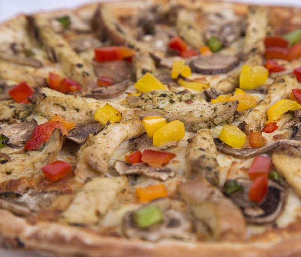پیتزا باربیکیو چیکن متوسط