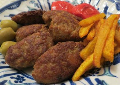 خوراک کتلت گوشت (دوشنبه)
