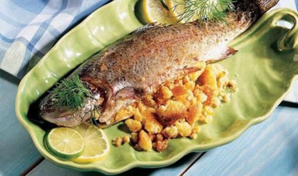 خوراک ماهی با سس مخصوص کبابی