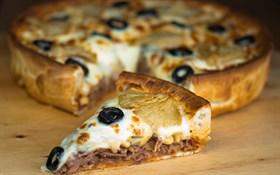 کیک پیتزا مرغ و رست بیف