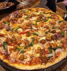 پیتزا سیسیلی (ایتالیایی)